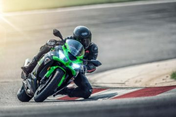 Kawasaki-Ninja-ZX_6R_Movimento_03_menor-750x500