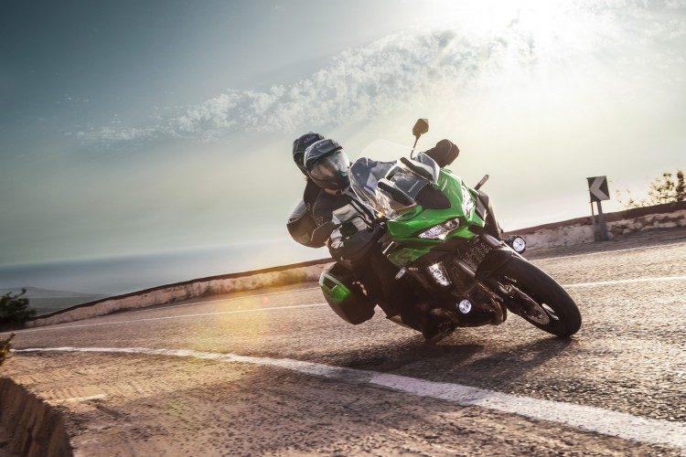 Kawasaki-Versys-1000-Grand-Tourer_Movimento_09_MENOR-750x500